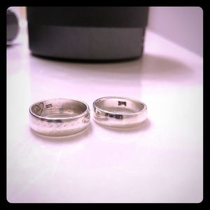 Two stamped 925 silver rings